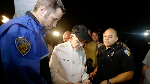90-year-old-arrested-for-feeding-the-homeless